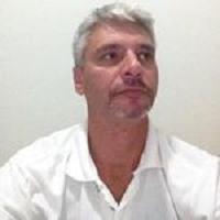 Paulo Rogério Rades : Diretor Executivo